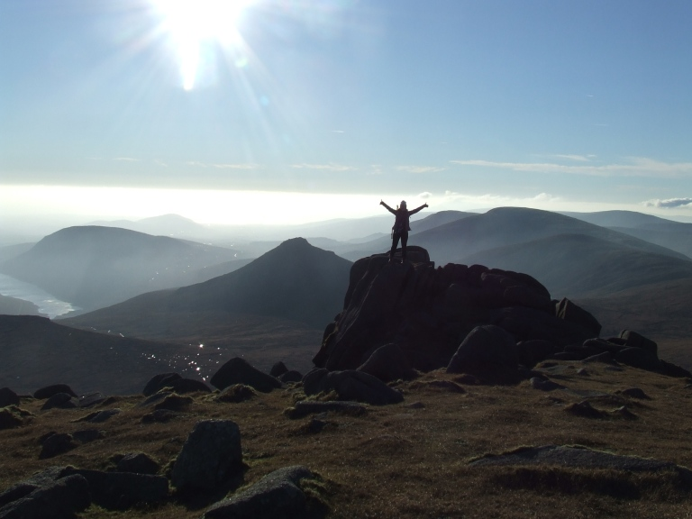 SILHOUETTE ON SLIEVE BEARNAGH