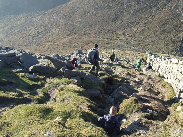 DESCENT FROM SLIEVE BEARNAGH
